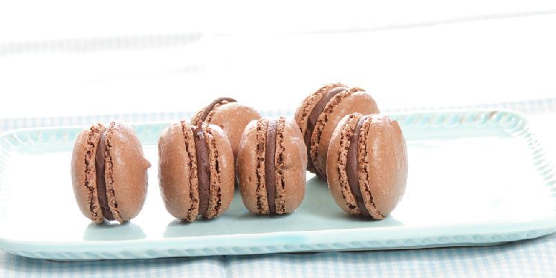 Sjokolademakroner med sjokoladefyll
