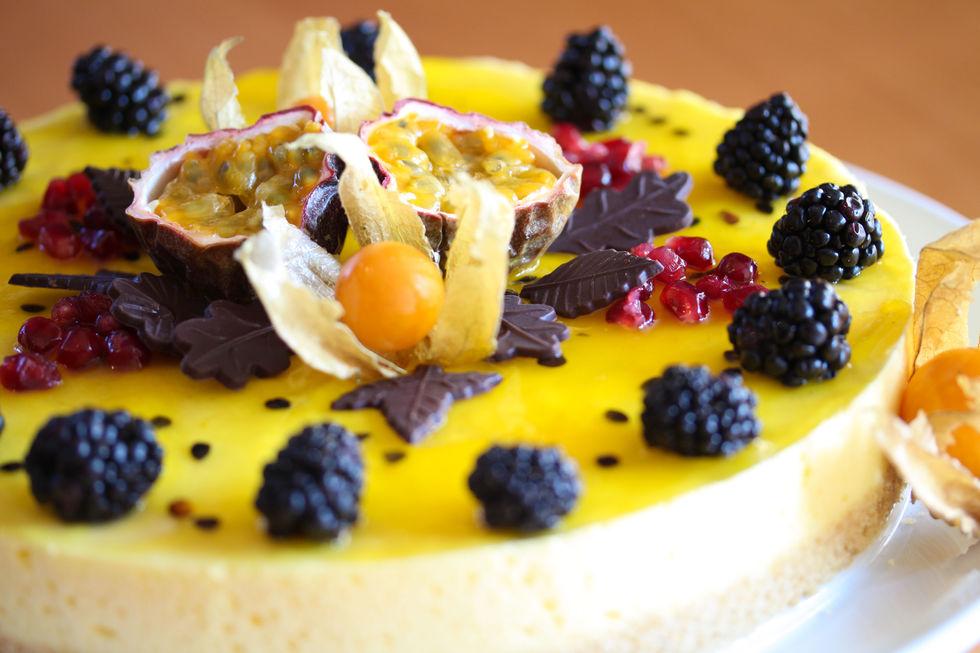 Fromasjkake med pasjonsfrukt