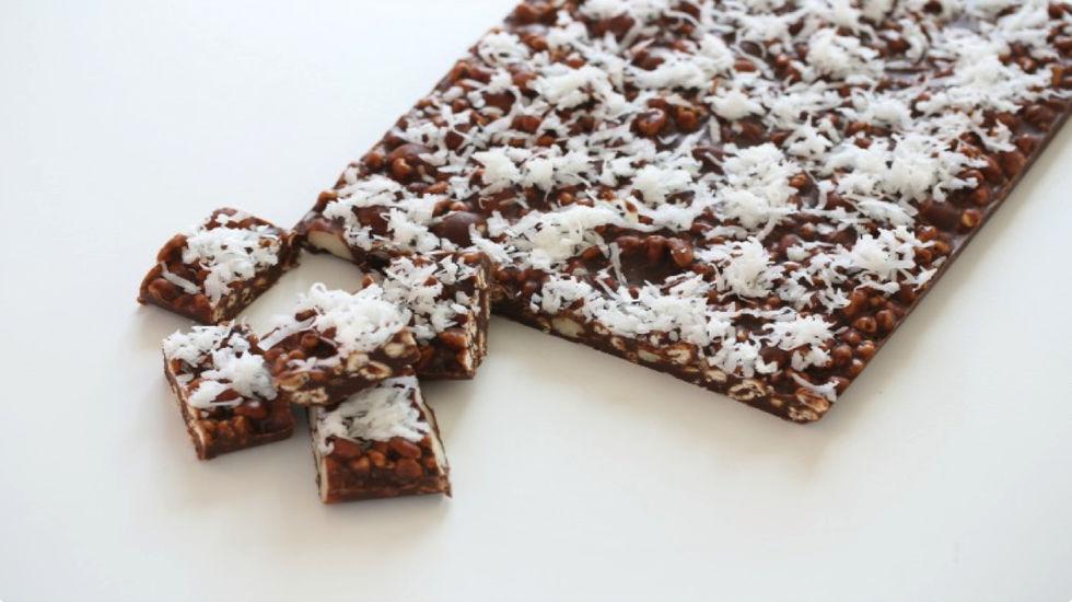 Sjokoladesnacks med honnikorn og kokos