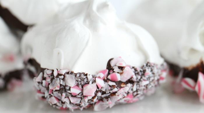 Marengs i sjokolade med polkagriser