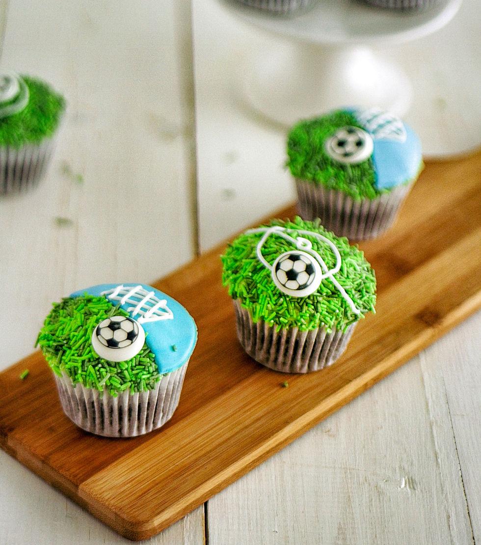 Hjemmeseier med fotballmuffins!